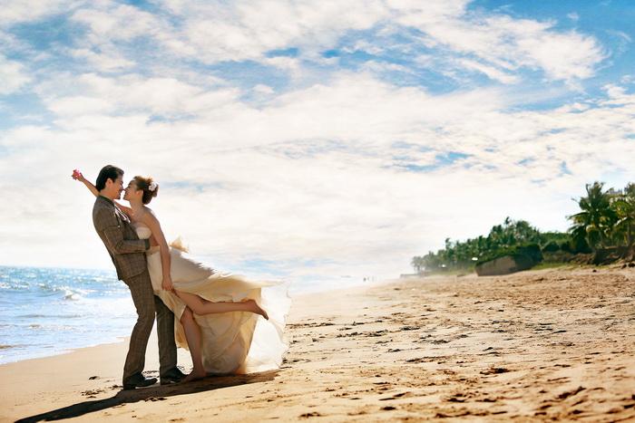 2014最新婚纱照样片7月三亚外拍高清婚纱样片全套50P打包下载三图片